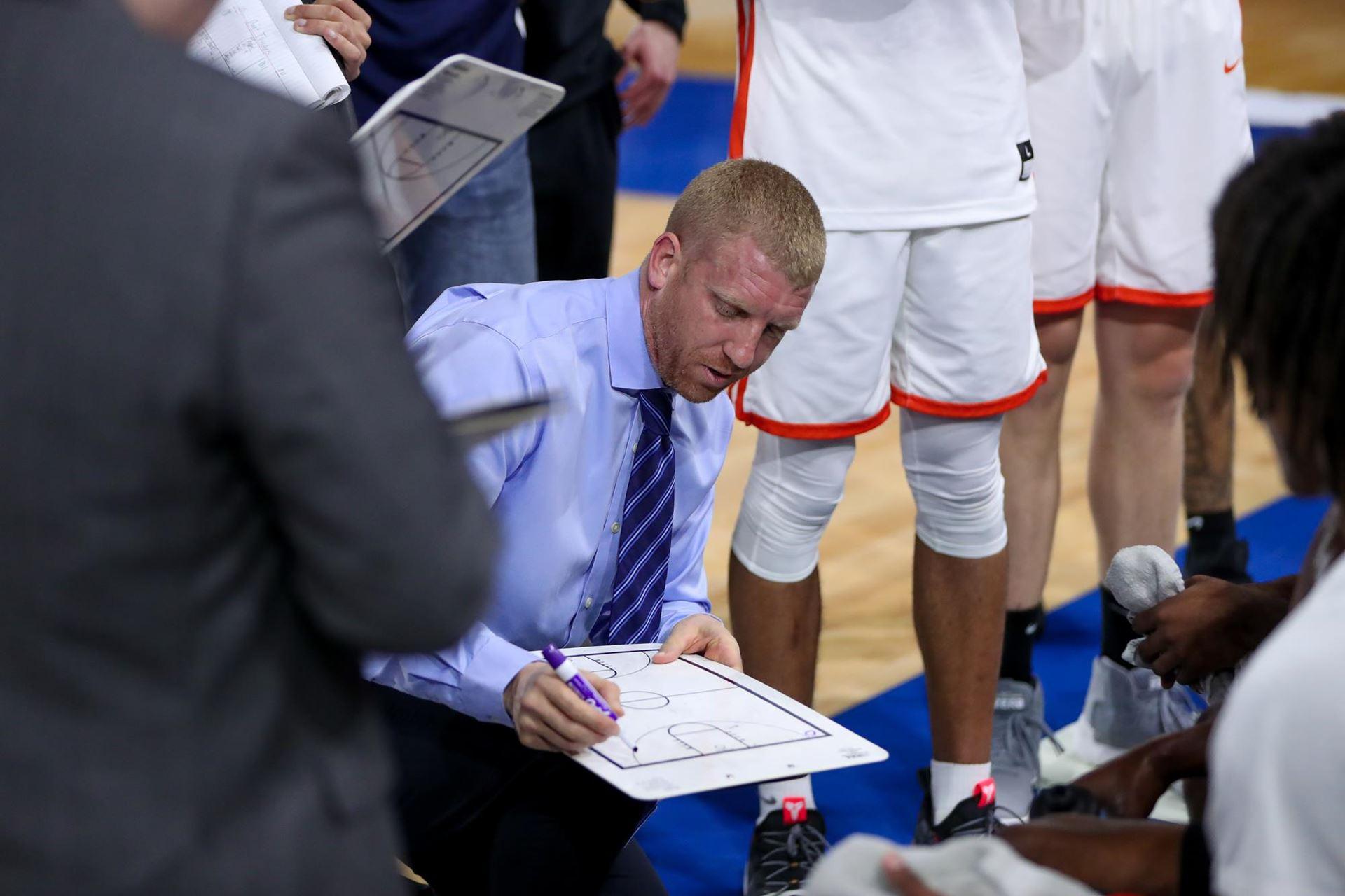 Copeland Resigns As Head Basketball Coach At Ut Tyler Hoopdirt